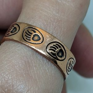 Jewelry - Vintage Bear Paw Print Mens Copper Band Ring